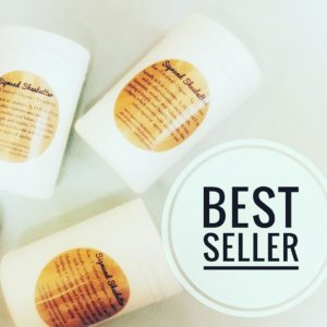 1kg Grade A Unrefined Shea Butter + FREE 3 Spatula + FREE 5 embossed gloves + FREE 100g Yellow Shea Butter + RM10 Gift Card